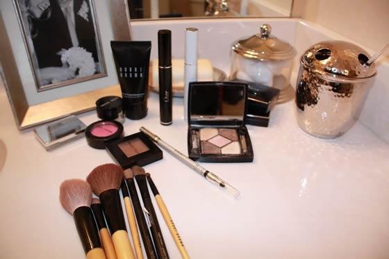 Maquiagens para as convidadas se produzirem