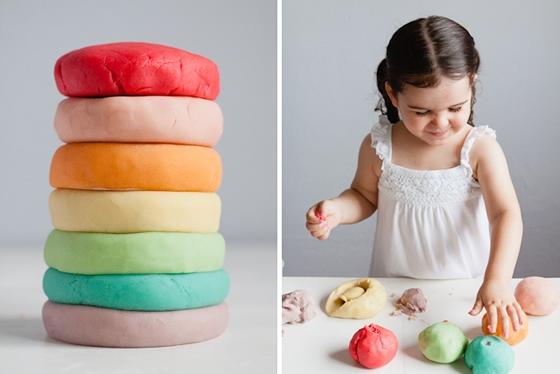 Massinhas coloridas para brincar - Modern Parents Messy Kids