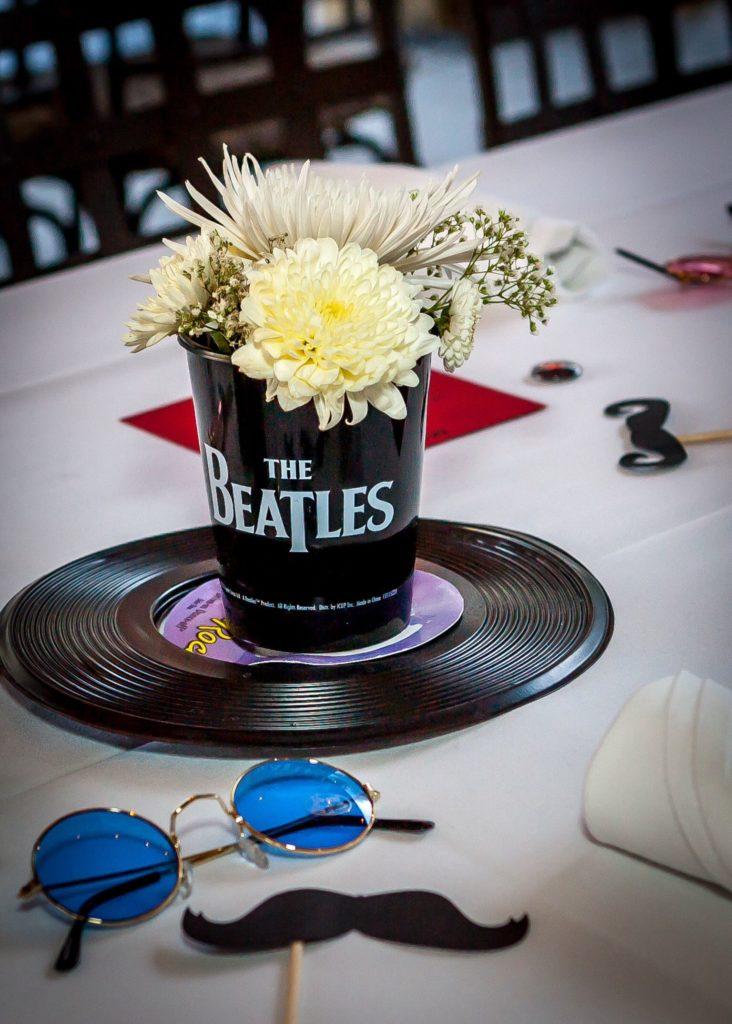 Centro de mesa festa dos anos 60